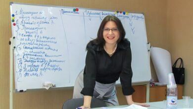Photo of Елена Лосева, психолог: «Люди верят фейкам, потому что они лентяи»