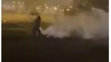 Photo of Видео с распыляющим неизвестное вещество мужчиной прокомментировали в Комитете качества и безопасности товаров и услуг