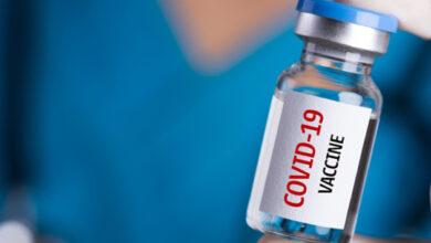 Photo of Фейк: «Вакцину от COVID-19 нужно хранить в холоде потому, что в ней содержатся нанороботы»